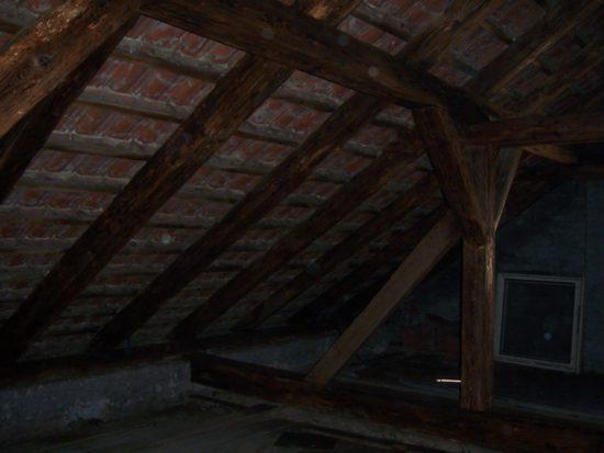 sanace dřeva ve stropní konstrukci