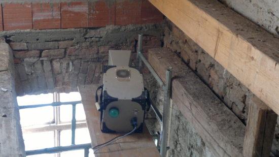 mikrovlnná sanace u stropu